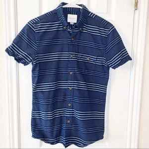 American Eagle Short Sleeve Button Down Shirt Sz S
